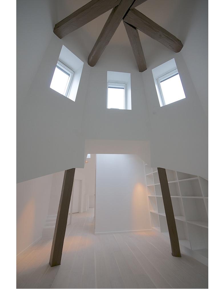 Vindsvåning med tornrum, fotografering för Betege