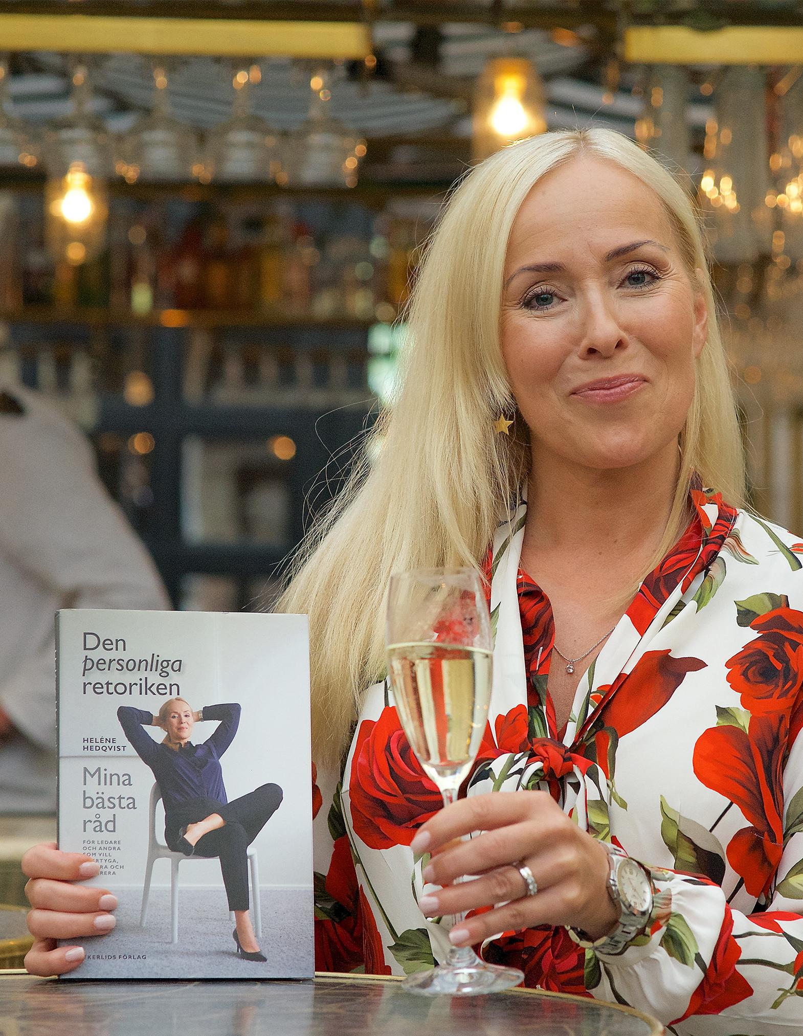 """Porträtt av Heléne Hedqvist, releasefest för boken """"Den personliga retoriken"""""""